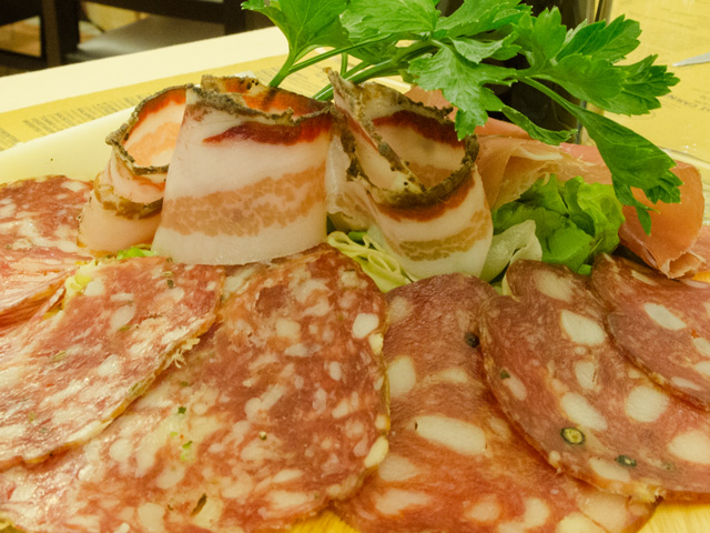 Mixed cold cuts